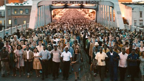 selma-bridge movie still