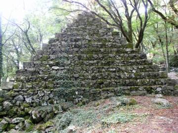 03-radicofani-piramide