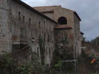 convento-abbandonato-02