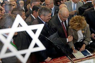 Giorgio Napolitano: sempre dalla parte degli oppressori