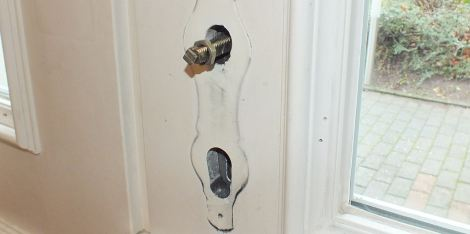 Haustürschloss ohne Blende - Schließzylinder schon raus