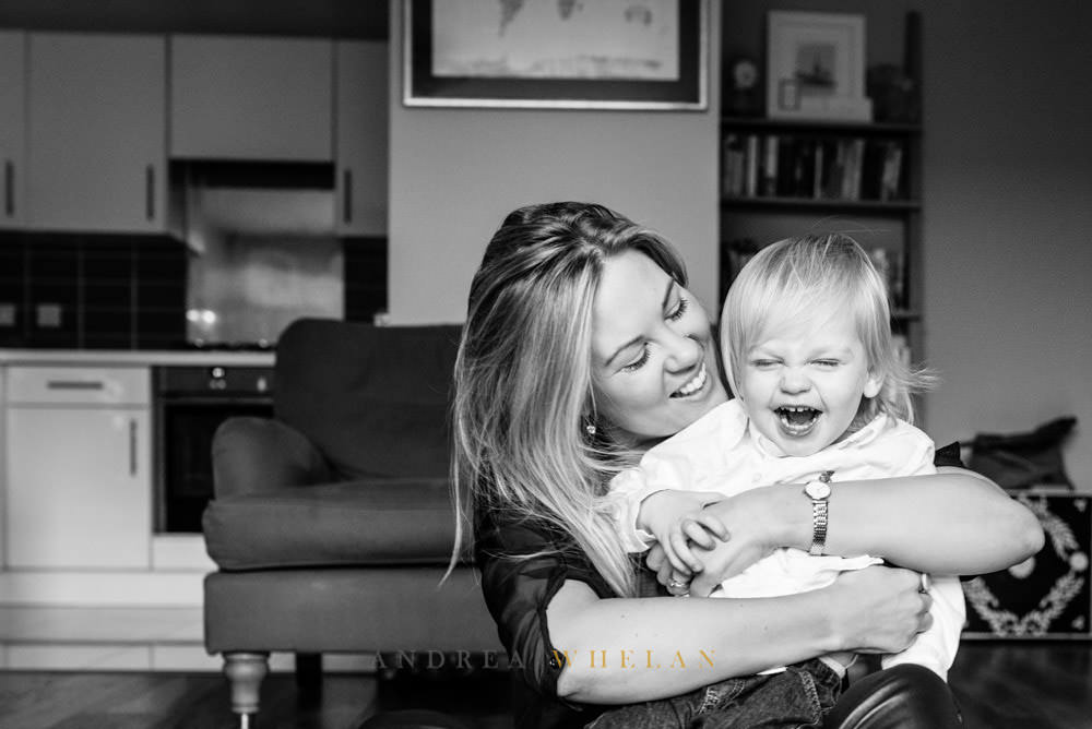 mum and baby portrait sessions