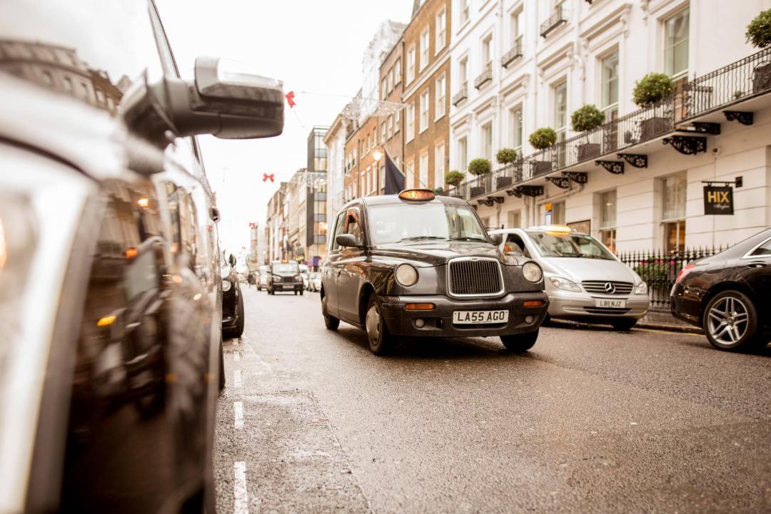London Black Cab on a rainy day