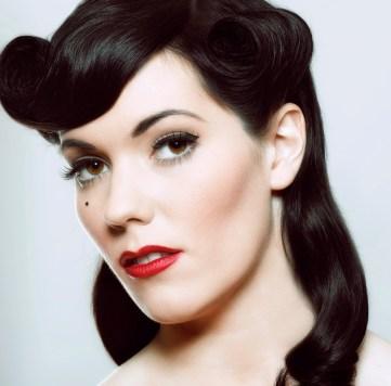 Pin Up Vintage Makeup and Hair