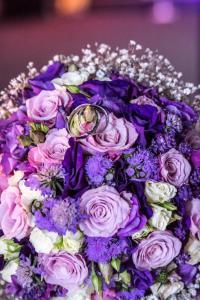 Hochzeitsstrauß mit Eheringen