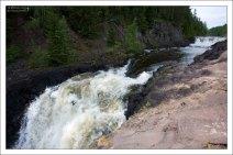 Водопад Кивач - третий по величине равнинный водопад Европы.
