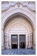 Один из входов в Толедский собор - Часовые ворота (Puerta del reloj).