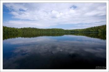 """78 озёр соединены в единую """"питьевую систему"""", питающую Святое озеро."""