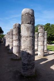 На площади тысячи колонн. Чичен-Ица.