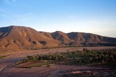 Пальмовый оазис около поселения Bou-Azzer.
