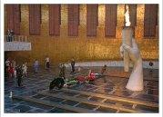 По всему периметру стен Зала Воинской Славы расположены 34 приспущенных траурных знамени.