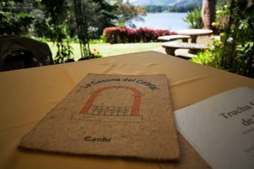 Меню ресторана на берегу озера Cachi.