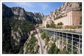 Бенедиктинский монастырь расположен на высоте 725 метров.
