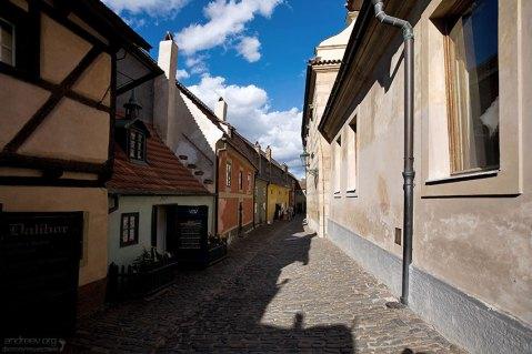 Злата улочка, ведущая к выходу из Града.