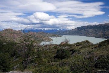 Озеро Grey с высшей точки тропы.