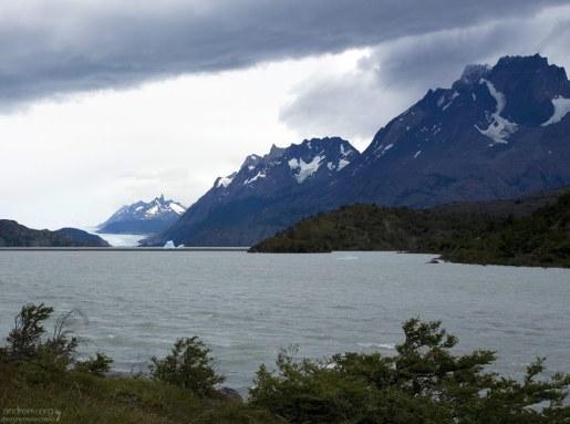 Айсберги на реке Grey.