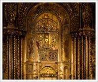 Чёрная Дева Монсерратская (исп. Virgen de Montserrat или La Moreneta) - чудотворное скульптурное изображение Девы Марии с Младенцем.