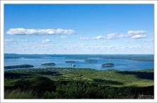 Дикобразные острова (Porcupine Islands) в заливе Frenchman Bay.