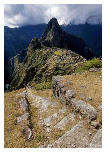 Финальные ступеньки лестницы к Мачу-Пикчу.