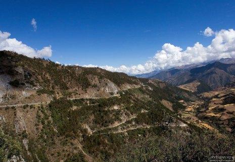 Одна из самых высокогорных асфальтированных дорог мира.