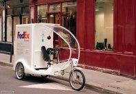 Электрический велосипед - новый способ почтовой доставки службы FedEx.