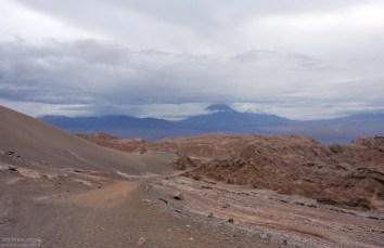 На тропе к одному из ущелий Марсовой долины.