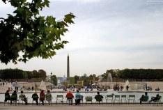 Вид на Площадь Согласия с египетским обелиском.