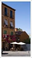 Одна из сотни таверн в центре города. Сеговия, Испания.