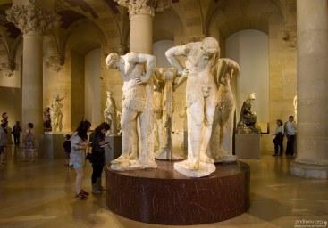 """Скульптурная группа """"Satyrs of Atlantis"""". Лувр."""