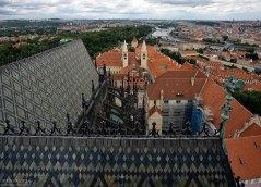 Готические башни собора Св. Вита (собор строили 600 лет).