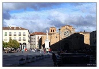 Площадь Св. Терезы. Авила, Испания.