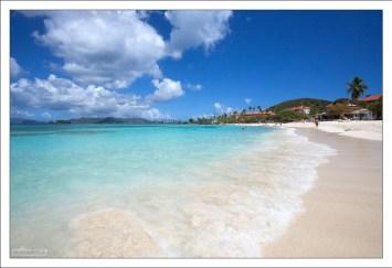 Sapphire beach - хорошее место для семейного отдыха.