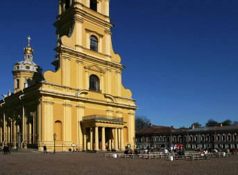 Петропавловский собор, где похоронен Петр I.