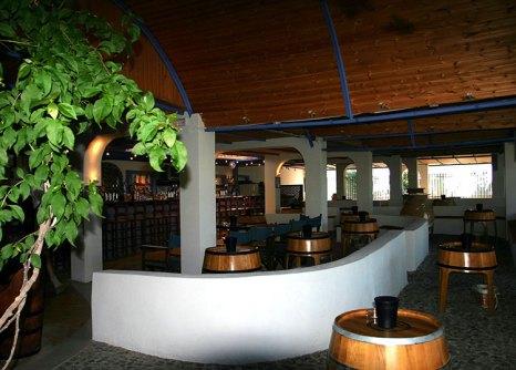 Дегустационный холл в винном музее.