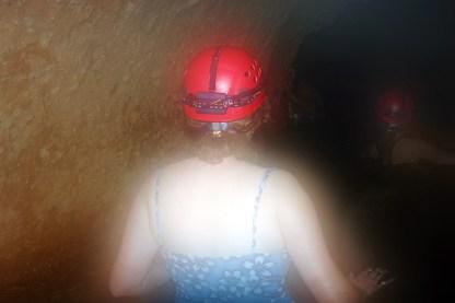 Привидения по пояс в воде :) Продвижение по пещере ATM.