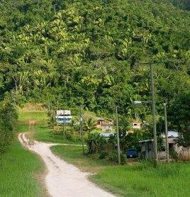 Типичная деревня на юге страны.