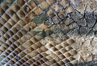 Ячеистая структура стен древних домов, Геркуланум.