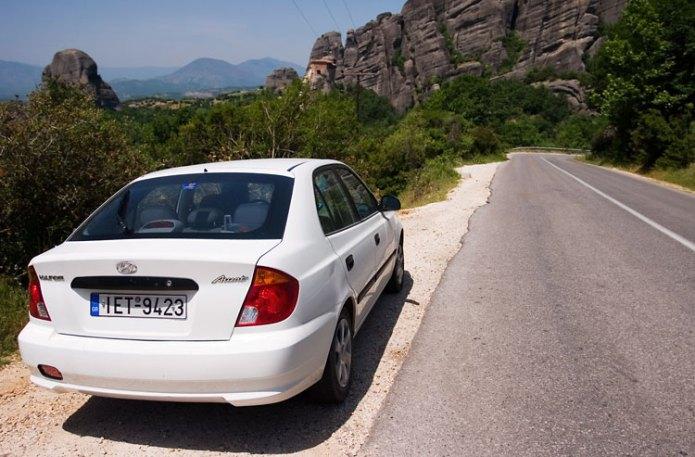 Hyundai Accent - наше основное средство передвижения по континентальной Греции.