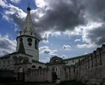 Архиерейские палаты - место жительства церковных владык. Суздальский Кремль.