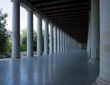 Stoa of Attalos - крытая колоннада, сейчас музей с находками древней Агоры. Восстановлена в середине 20-го века на деньги Рокфеллера.