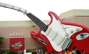 "Роллер-кастер ""Rock-n-Roller Coaster"" под музыку группы ""Аэросмит"". Disney MGM-Studios Theme Park, Disney World."