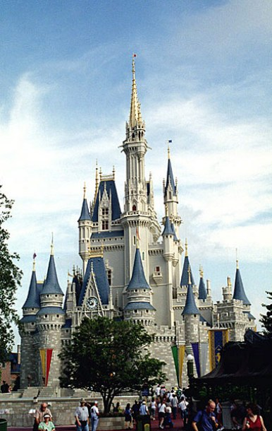 Замок Золушки. Magic Kingdom Theme Park, Disney World.