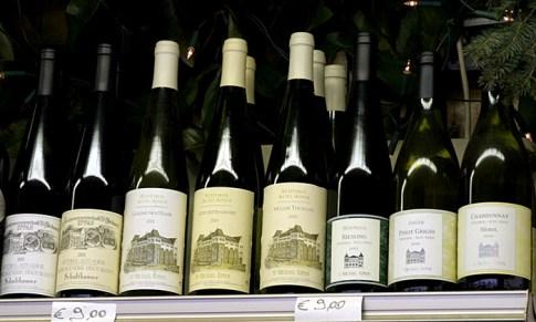 Местное столовое вино. Рынки Rialto.