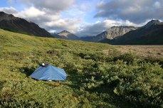 Палатка в тундре.