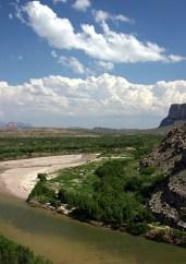 Рио Гранде и мексиканская сторона каньона Св. Елены.