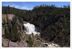 Водопад Gibbon Falls.