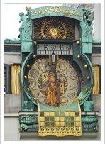 Выход исторических фигур на часах Анкерур.