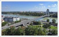 Мост СНП (словацк. Most SNP, ранее Новый мост) — мост через реку Дунай в Братиславе.