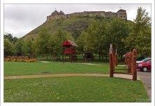 270-метровый холм, на котором расположена крепость Sümeg.