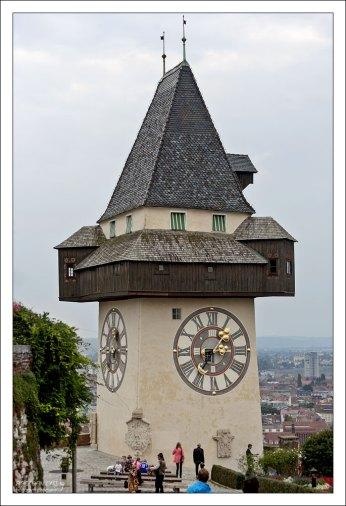 Часовая башня Uhrturm.